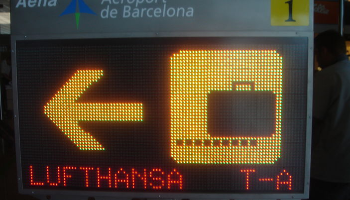 Arrivals and Departures and flight schedule from and to Barcelona airport