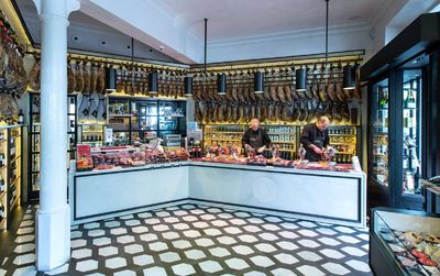 Gourmet shopping in Barcelona