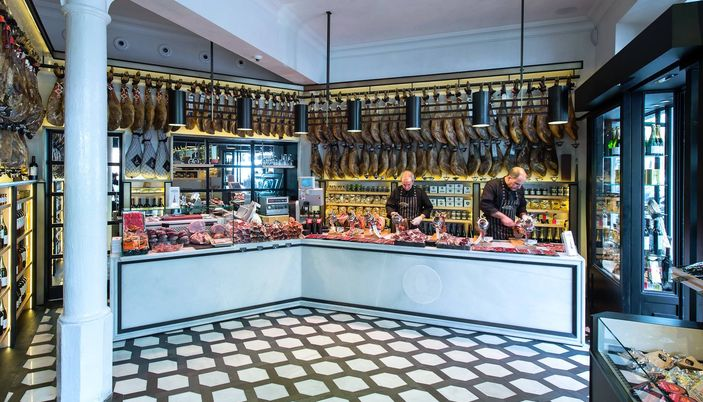 Gourmet food shopping in barcelona