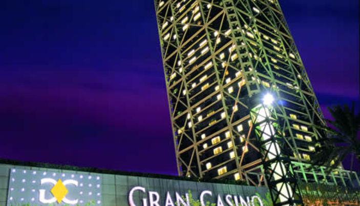 Does anyone make money gambling online