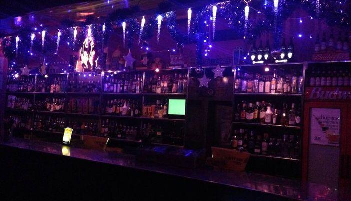 Bars Cafes