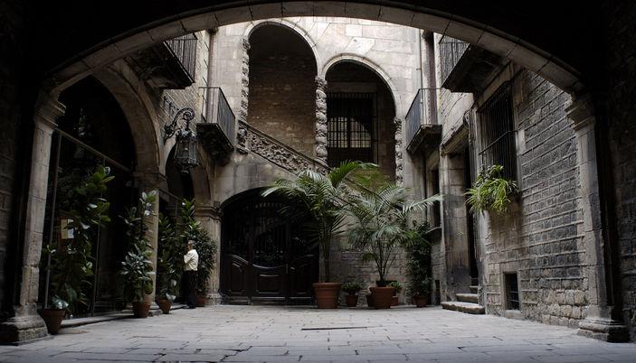 El passeig del born el passeig del born en barcelona for Hoteles en el born de barcelona