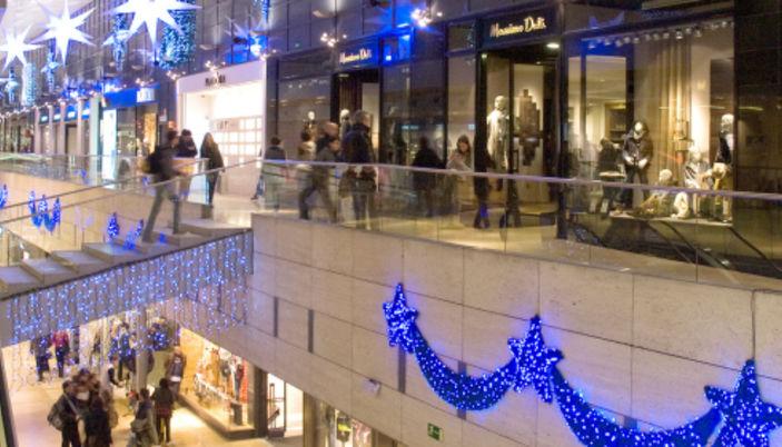 Centro comercial l illa en barcelona - Centro comercial lilla ...