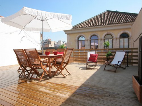 Terrace apartments to rent in Barcelona.
