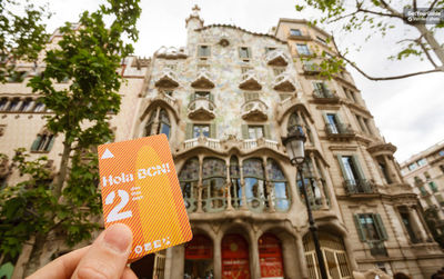 Hola BCN: 2, 3, 4 or 5-Day Public Transport Ticket
